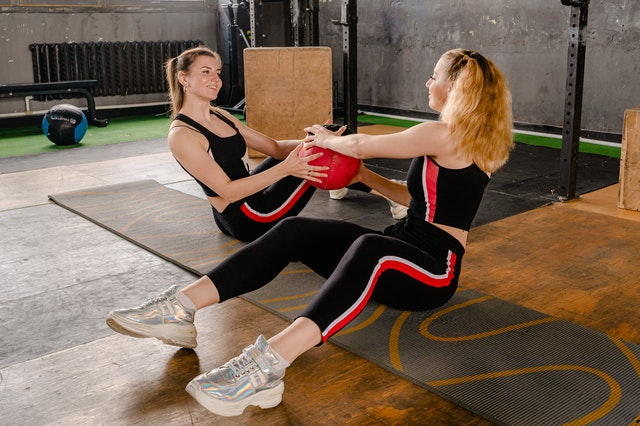 Jak codzienny trening pomaga w utracie wagi?